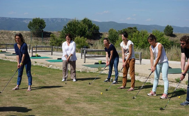 activit s minaire entreprise golf en provence une id e de team building. Black Bedroom Furniture Sets. Home Design Ideas